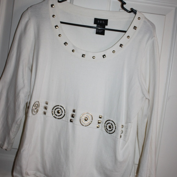 R.O.T. Sweaters - White, 3/4 sleeve knit sweater with adornment